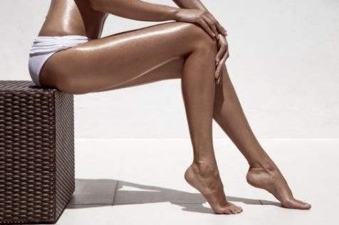 ноги с автозагаром